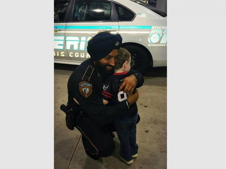 First turbaned Sikh police officer of USA shot dead in Texas