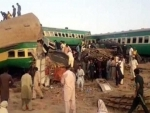 Train collision kills 11, injures 67 in Pakistan