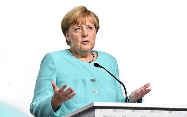 Merkel to host May in Berlin for Brexit talks