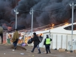 Bosnia and Herzegovina: Thousands of migrants lose shelter, after camp destroyed in fire