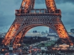 French authorities considering re-introducing self-isolation regime for month