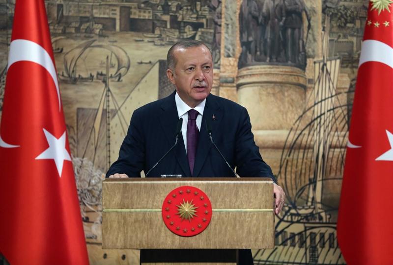 Turkey president Recep Tayyip Erdogan calls for boycott of French goods