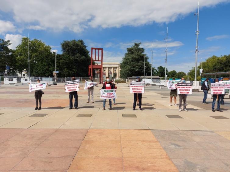 Geneva: Protest at Broken Chair highlights the plight of Christians in Pakistan