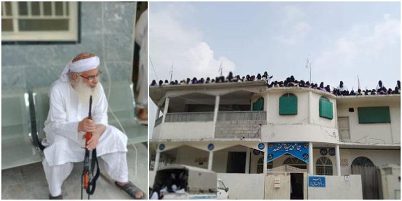 Pakistan: Jamia Hafsa students hoist Taliban flags in Islamabad