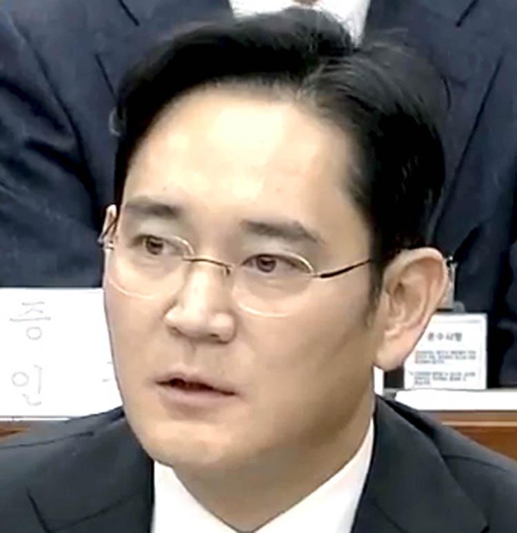 Corruption scam: Samsung heir Lee Jae Yong gets 2.5-yr prison term