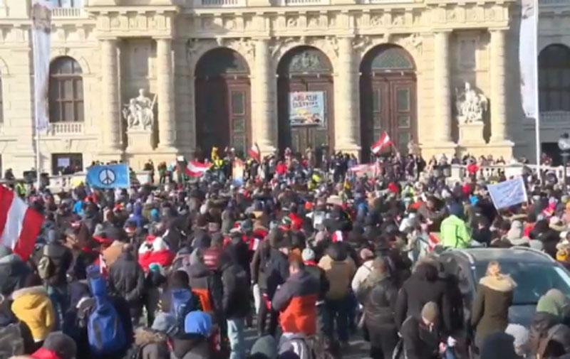 Some 10,000 join anti-lockdown protest in Vienna: Police