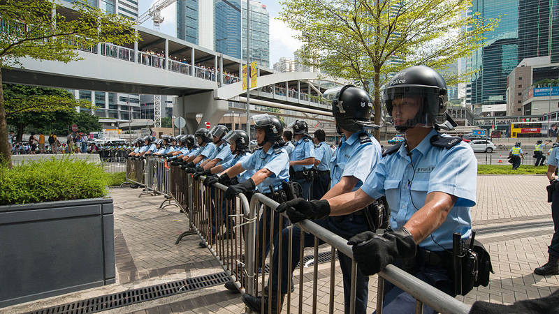 Apple Daily publishes 500,000 copies despite police crackdown
