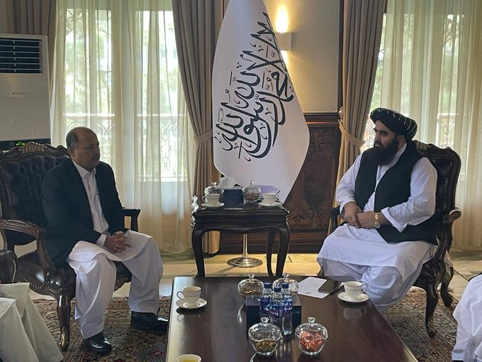 Pakistan makes first formal contact with Afghanistan's Taliban govt
