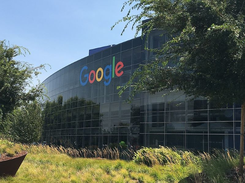 Google joins 30 other tech companies to support the work visas for immigrant spouses