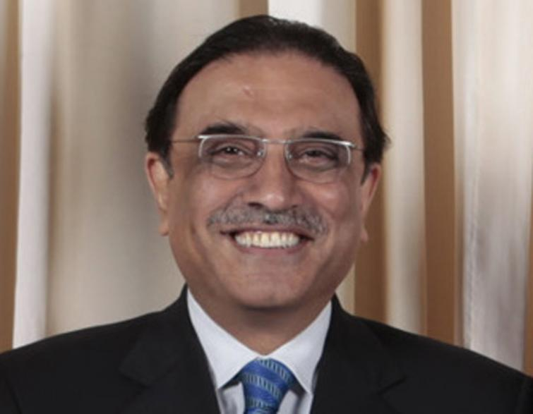 Imran Khan-led government is likely to make a huge blunder: Zardari