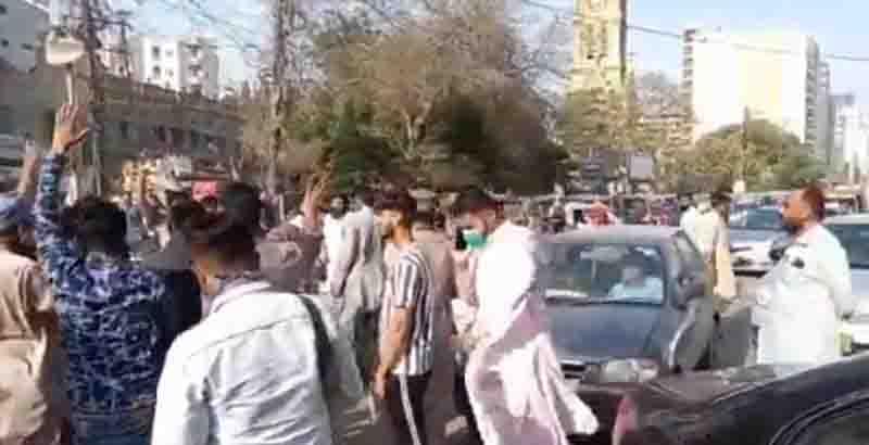 Four killed, thousands injured as Islamist violence rocks Pakistan
