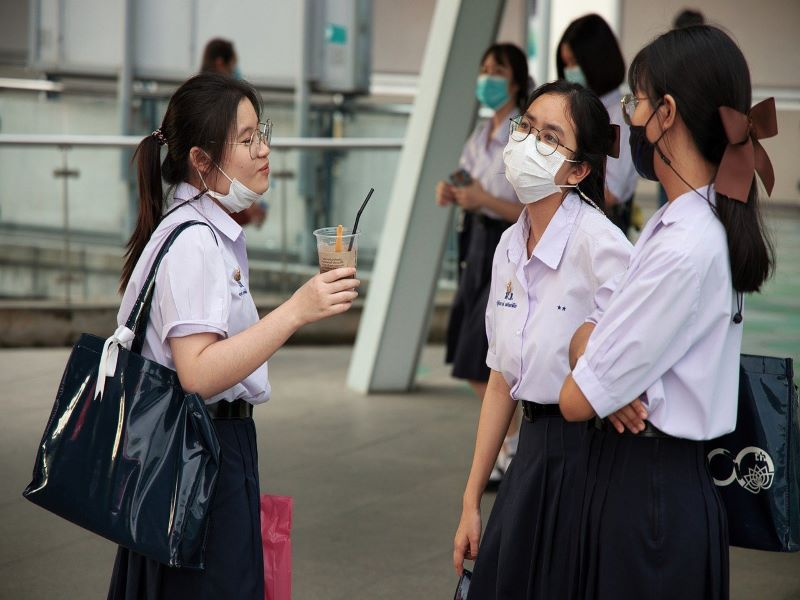 Only children of fully vaccinated families can attend school, say Chinese authorities