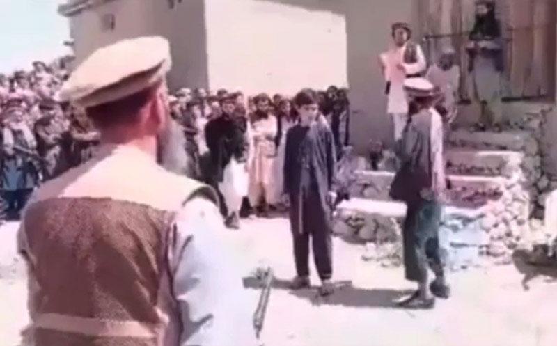 Afghanistan: Taliban insurgent caught on camera publicly flogging teen in Badakhshan